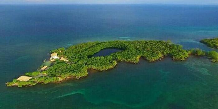 Isla Ceycén Islas de San Bernardo