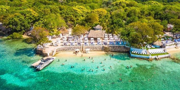 Playa Bora Bora Islas del Rosario